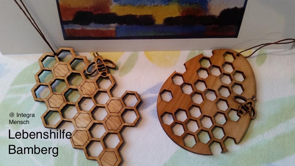 Osterschmuckanhänger, Weihnachtsbaumschmuck, Bienenanhänger
