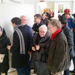 Lange Schlange der prominenten Erstunterzeichner/innen zum Volksbegehren (Bamberg)