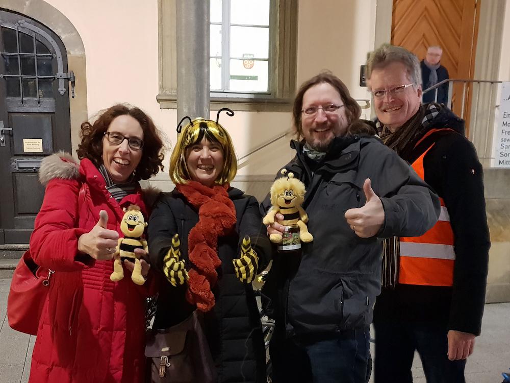 Marion und Norbert Krines, die letzten zwei Unterschriften zum Volksbegehren Artenvielfalt in Bamberg am 13.02.2019