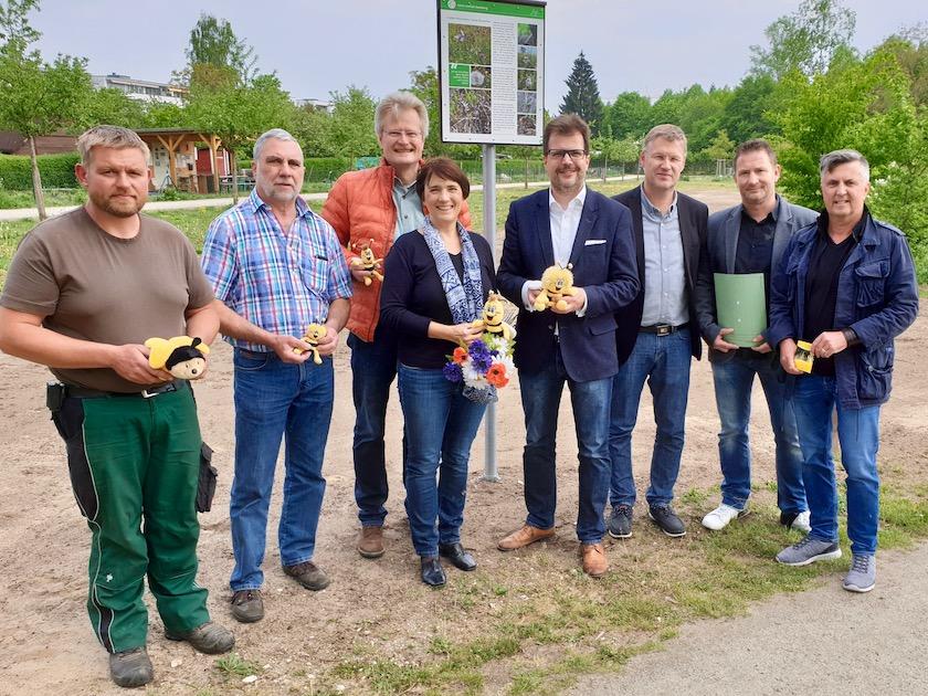 Pressetermin zur Blühoffensive der Stadt Bamberg an der Bienen-InfoWabe