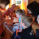 Kaulbergschule / Buger Schule 2. Klasse zum Schulbienen-Unterricht