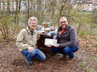 Reinhold mit Bienenpate Christian Schwarzenberger
