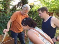 Besichtigung des Patenvolkes durch Marco Rust und Nicole Adami