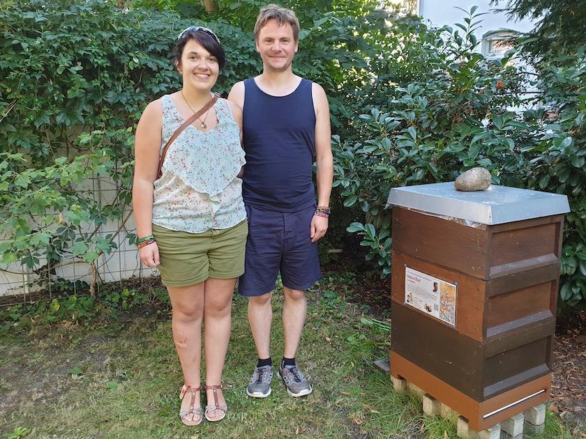 Bienenpate Marco Rust mit Freundin Nicole Adami.