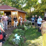Sektempfang zur Saison-Abschlussfeier der Bienen-InfoWabe