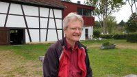 Reinhold an der Kaffeetafel in Bughof