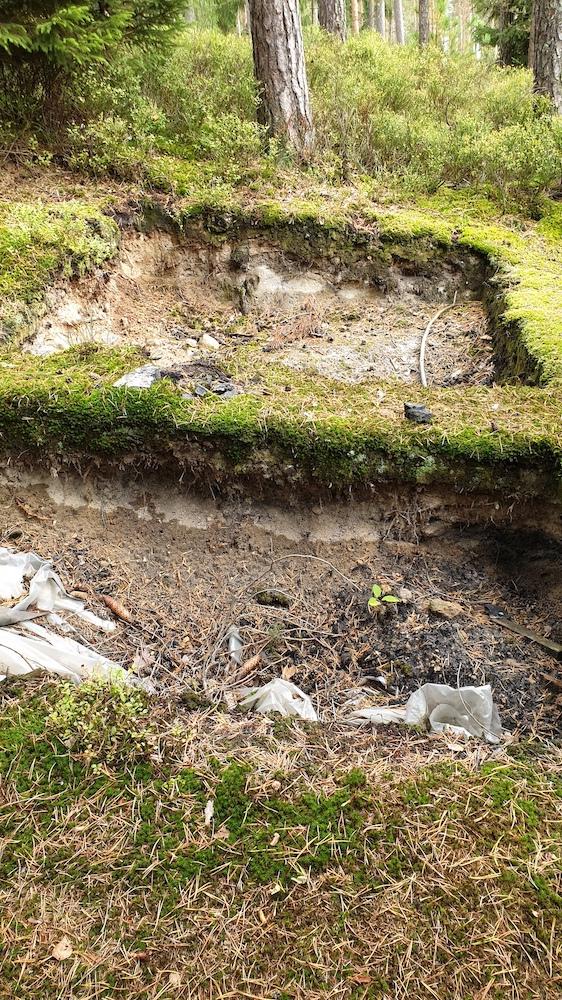 Grabungsschnitt Überresten einer Pechsiederei