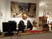 Inge Pendl, Mitarbeiterin im Bamberger Stiftsladen