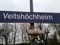 Bahnhofsschild Veitshöchheim.