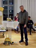 """Reinhold Burger stellt unsere Gruppe """"Bienenfreu(n)de"""" vor."""