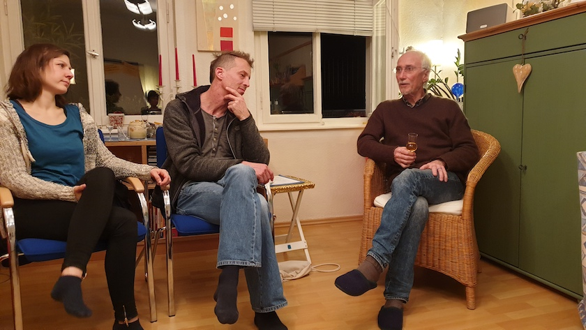 "Diskussionsrunde der Transitiongruppe / Stammtisch ""Bienenfreu(n)de"""