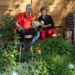Reinhold und Ilona im Bamberger Bienengarten (Bienenweg 2, Erba-Park)