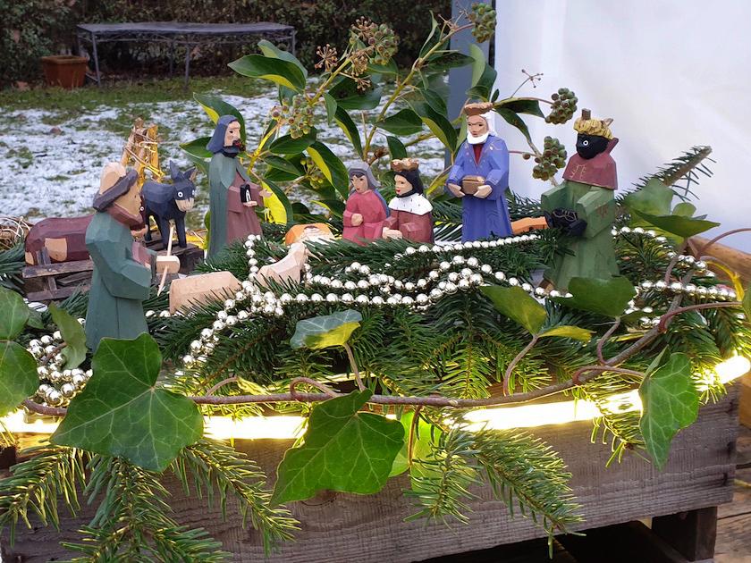 Weihnachtskrippe zum Honigadventsmarkt