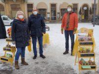 Reinhold mit Bienenpate Anton Hepple und Walburga am Honigmarkt Bamberg, Faschingsdienstag 2021