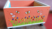 Kinderbücherkiste der Schulbienen-Bücherei (Imker-Bibliothek)