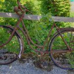 Altes, verrostetes Fahrradt